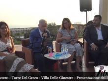 Antonio Borriello legge L'Infinito di Giacomo Leopardi