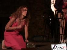 "Anna Macrì in ""Cria da maré - Marielle Franco - Una donna, la politica, l'amore"" - Di Anna Macrì ed Emi Bianchi"