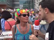 Riccardo Cristiano realizza interviste al Pride 2018 di Lugano