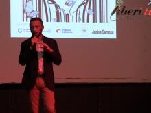 Mirko Celani, sommelier, presenta l'azienda agricola  Casale del Giglio.