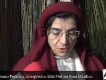 Rosa Giardino interpreta la Poesia del Presepe Aiellese del Prof Franco Pedatella - Presepe Vivente Aiello Calabro 2019