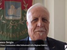 """Intervista all'On. Franco Sergio - """"I ragazzi della Fiumarella un disastro ferroviario a colori"""""""