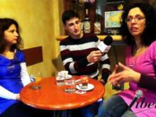 Ambasciatrici nel modo di Yoga della risata Angelina Pettinato e Graziella Mazza