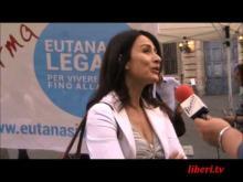 Intervista a Filomena Gallo - Mobilitazione straodinaria su raccolta firme EutanaSIALegale - Roma 04/05/13