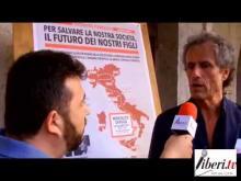 Intervista a Paolo Barnard. The Mosler-Barnard 2013 MEMMT Tour a Montalto Uffugo (Cosenza) 10/06/13